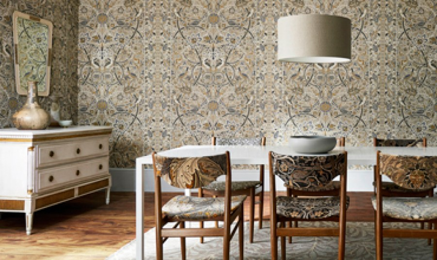 wallpaper-brown-blue-floral-damask-classic-decor-dining-room-bullerswood-the-collector-morris-style-library-amend